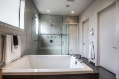 sienna-master-bath
